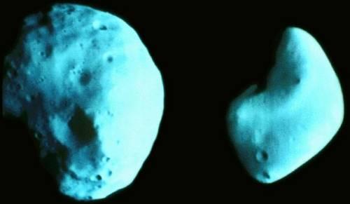 mesiace Phobos a Deimos