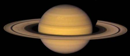 planéta Saturn